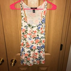 M floral tank top